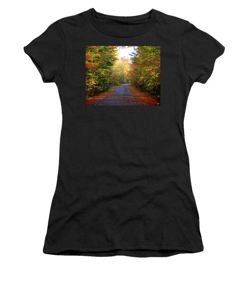 Barnes Road - Cropped Women's T-Shirt (Athletic Fit)