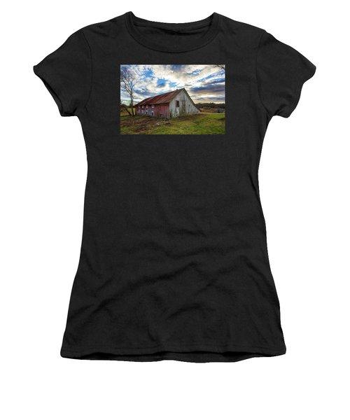 Bay Avenue Barn Women's T-Shirt