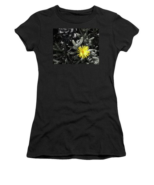 Be Different Women's T-Shirt