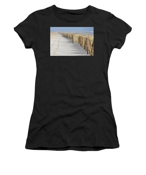Beach Fence Shirley New York Women's T-Shirt (Athletic Fit)