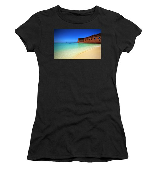 Beach Fort. Women's T-Shirt (Athletic Fit)