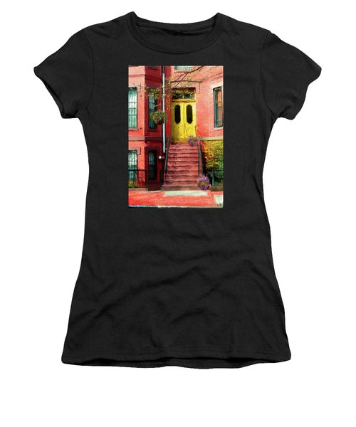 Beantown Brownstone With Yellow Doors Women's T-Shirt (Athletic Fit)