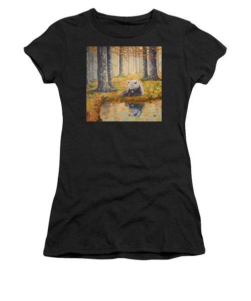 Bear Reflecting Women's T-Shirt