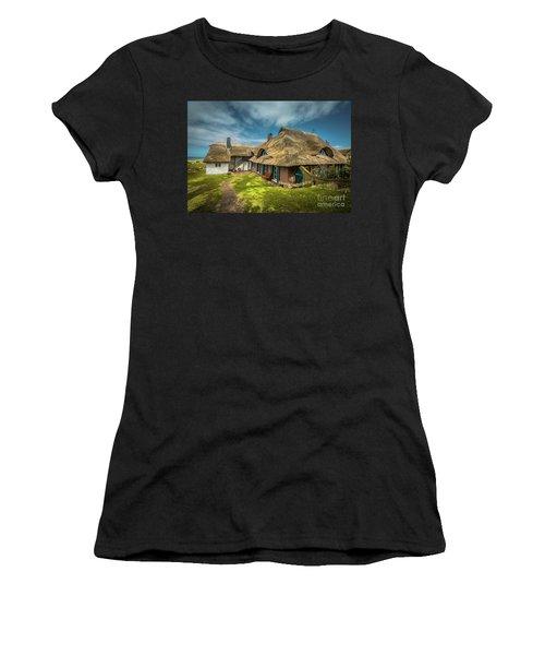 Beautiful Cottage Women's T-Shirt