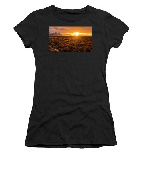Beauty In Nature Women's T-Shirt