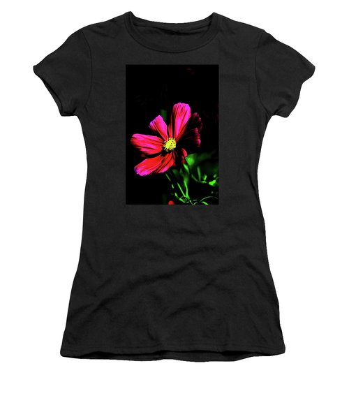 Women's T-Shirt (Junior Cut) featuring the photograph Beauty  by Tom Prendergast