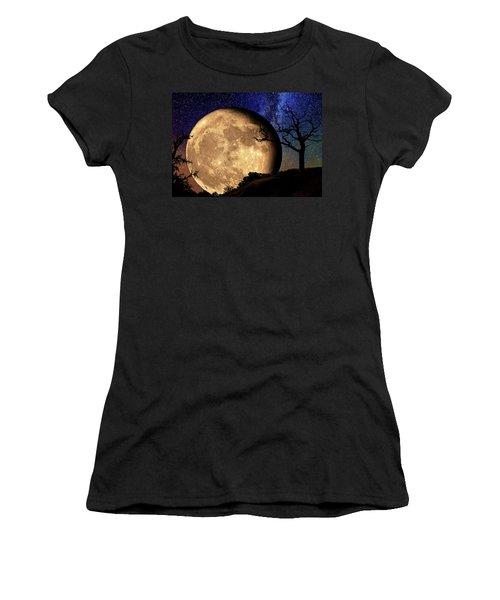Bella Luna From Another World Women's T-Shirt