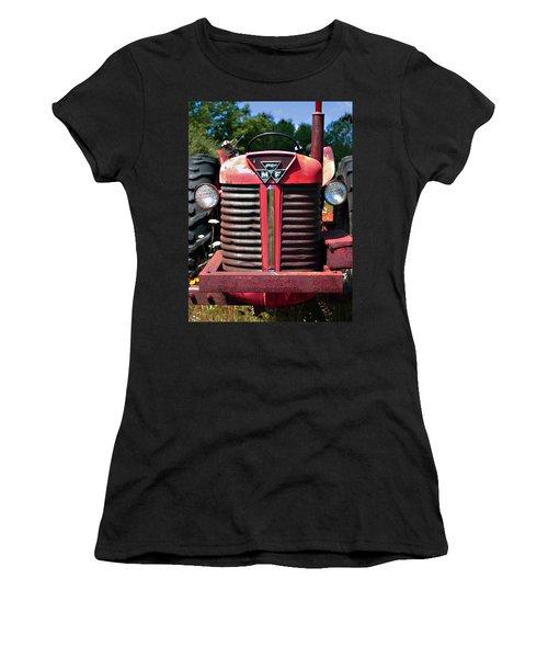 Big M - F Women's T-Shirt (Athletic Fit)
