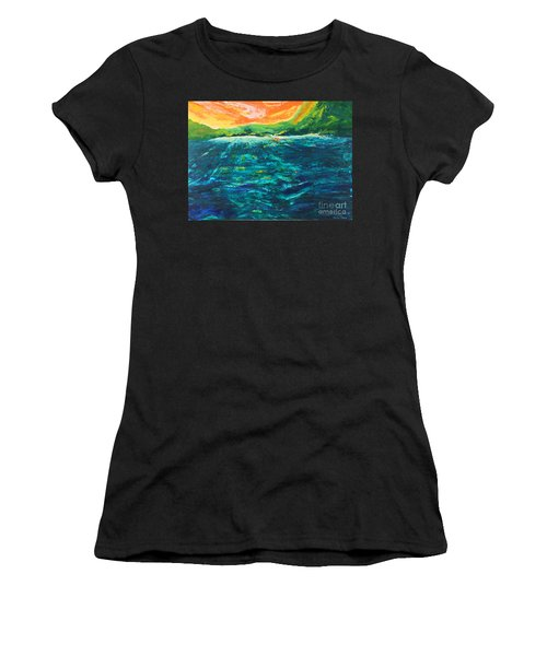 Big Tropical Wave Women's T-Shirt
