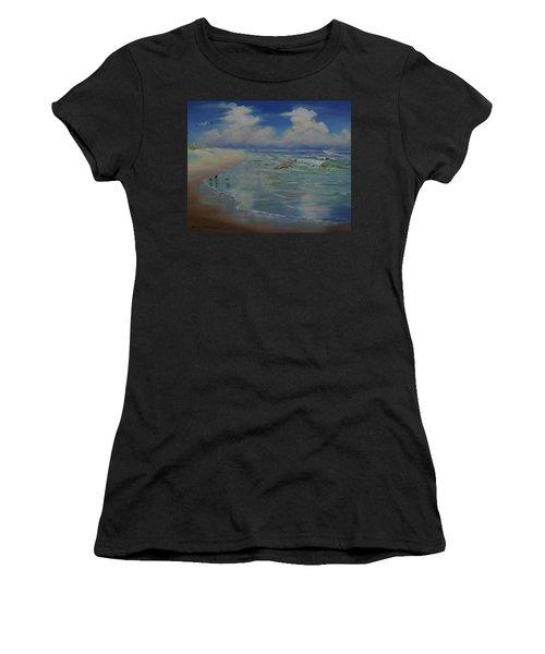 Bird-brains Women's T-Shirt