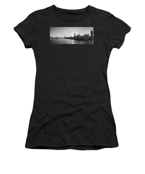 Black And White View Of Thames River And House Of Parlament From Women's T-Shirt