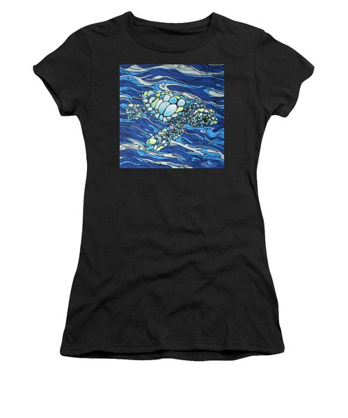 Black Contour Turtle Women's T-Shirt