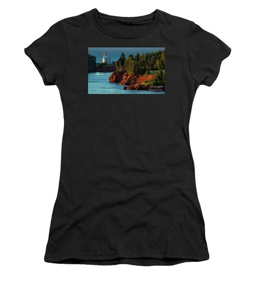 Blockhouse Point Lighthouse Women's T-Shirt