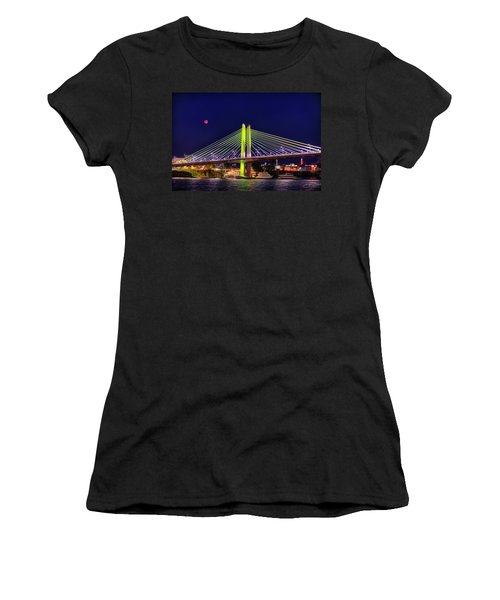 Blood Red Moon Over Tilikum Crossing Women's T-Shirt