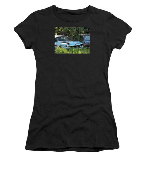 Blue Cadillac Women's T-Shirt (Athletic Fit)