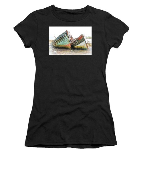 Boats Isle Of Mull 4 Women's T-Shirt (Athletic Fit)