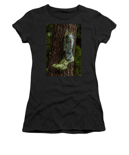 Boot Nest Women's T-Shirt