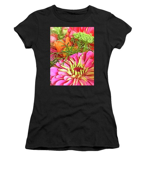 Bouquet Parfait Women's T-Shirt