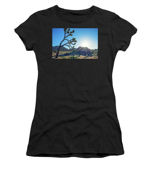 Bowing To The Sun Women's T-Shirt (Athletic Fit)