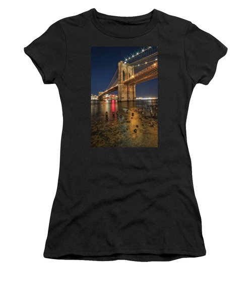 Brooklyn Bridge At Night Women's T-Shirt
