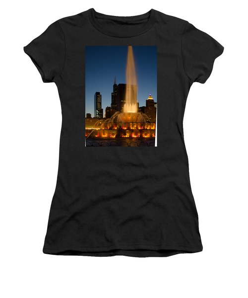 Night Time At Buckingham Fountain Women's T-Shirt (Athletic Fit)