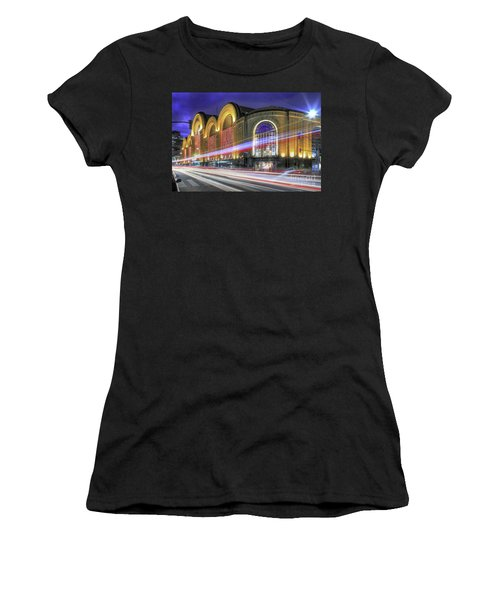 Buenos Aires 002 Women's T-Shirt (Athletic Fit)