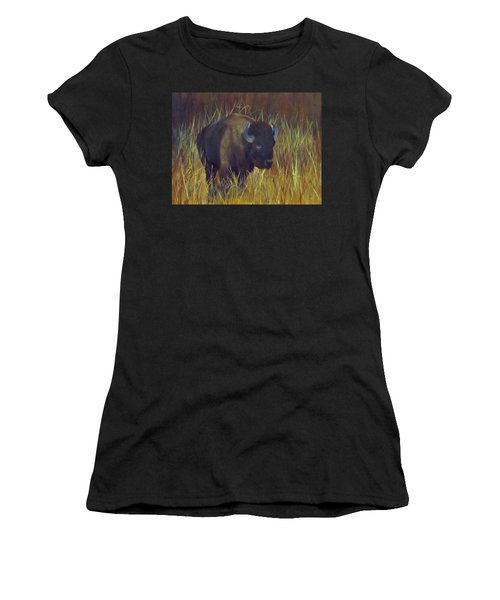 Buffalo Grazing Women's T-Shirt (Athletic Fit)