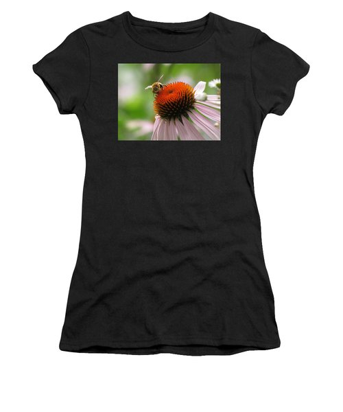 Buzzing The Coneflower Women's T-Shirt (Athletic Fit)