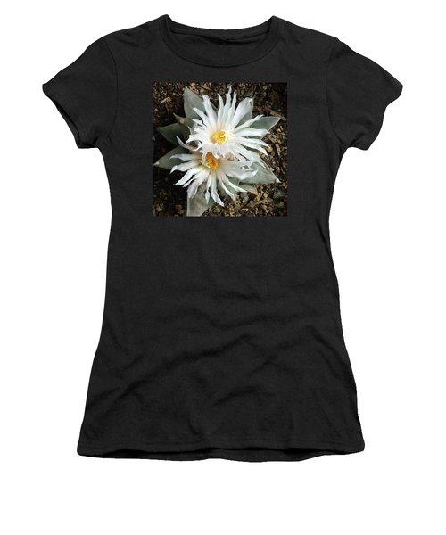 Cactus Flower 7 Women's T-Shirt