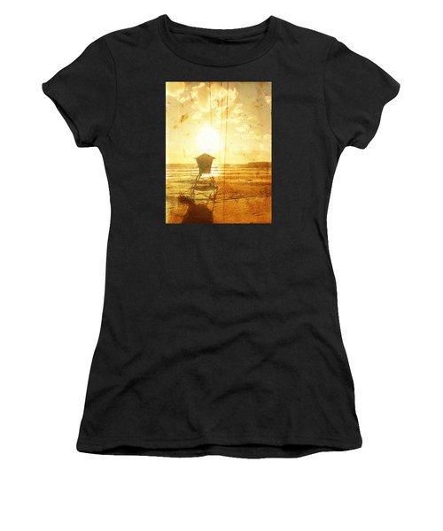 Californian Lifeguard Cabin Women's T-Shirt (Athletic Fit)