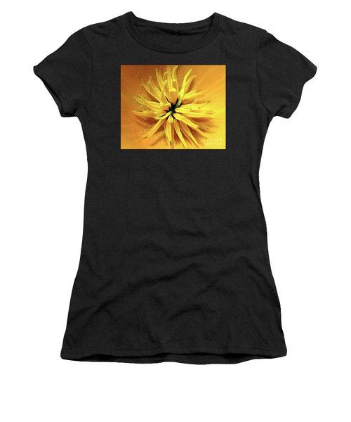 Californian Poppy Macro Women's T-Shirt (Athletic Fit)