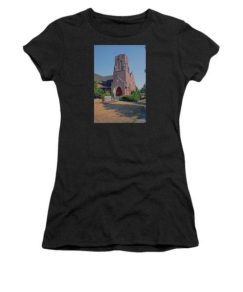 Calvary Presbyterian Church Women's T-Shirt (Athletic Fit)