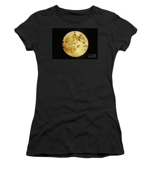 Canda Geese And Moon Women's T-Shirt