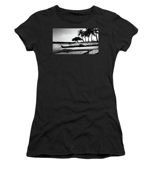 Canoes Women's T-Shirt (Athletic Fit)