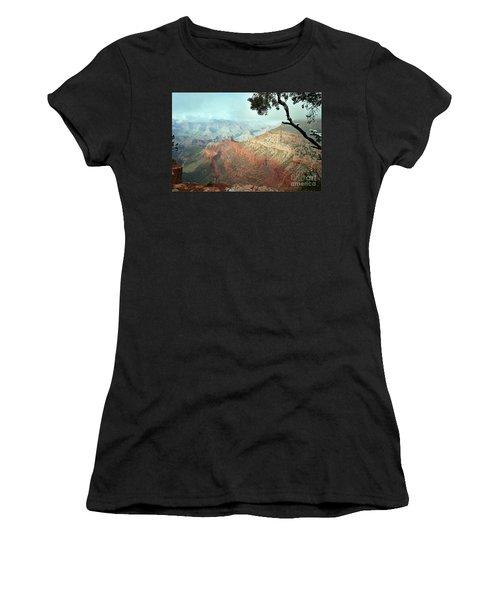 Canyon Captivation Women's T-Shirt (Athletic Fit)