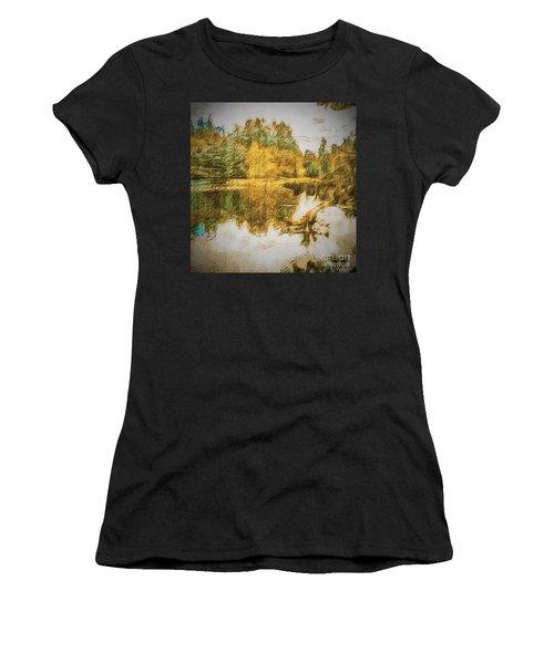 Cascade Lake Women's T-Shirt (Athletic Fit)
