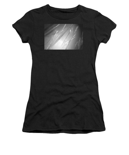 Casual Women's T-Shirt (Athletic Fit)