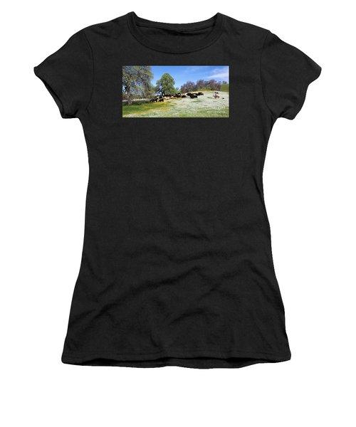 Cattle N Flowers Women's T-Shirt