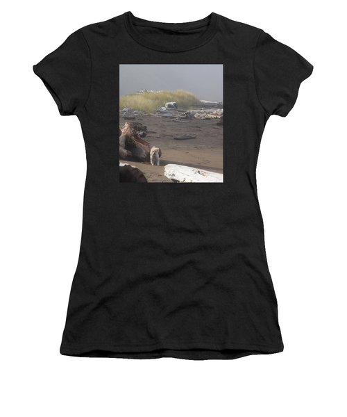 Charlie On Irish Beach Women's T-Shirt (Athletic Fit)