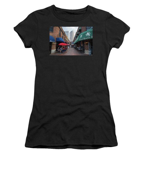 Charlotte, North Carolina Women's T-Shirt (Athletic Fit)