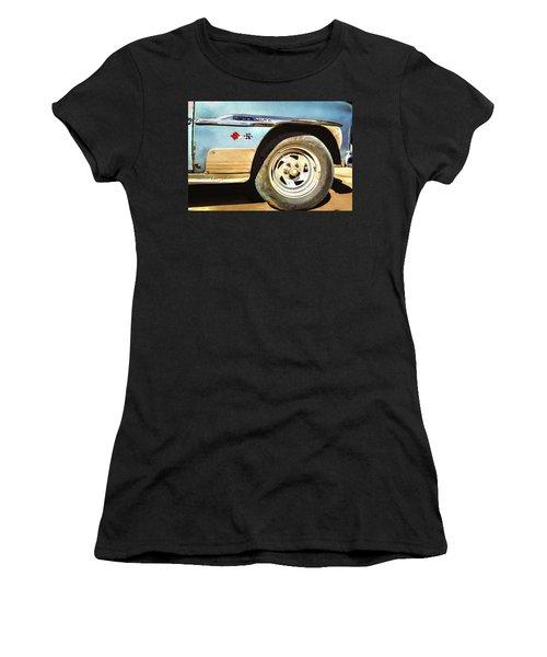 Chevy Deluxe Women's T-Shirt