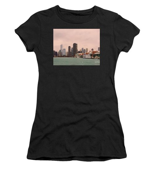 Chicago Skyline Women's T-Shirt (Junior Cut) by Elizabeth Coats
