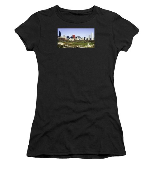 Chicago- The Windy City Women's T-Shirt (Athletic Fit)
