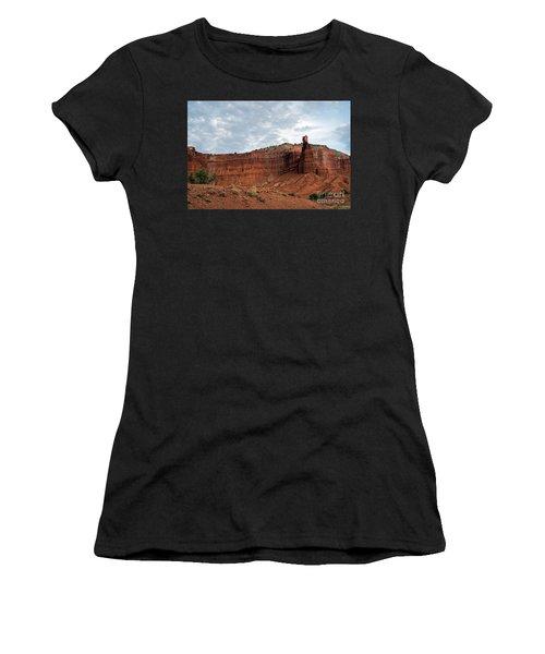 Chimney Rock Capital Reef Women's T-Shirt