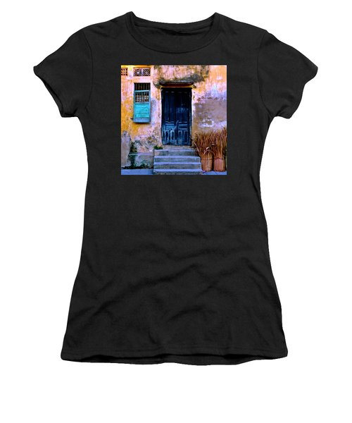 Chinese Facade Of Hoi An In Vietnam Women's T-Shirt (Athletic Fit)
