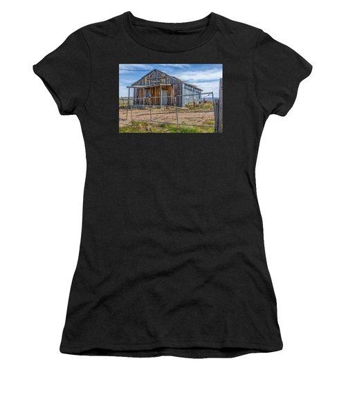 Cisco Landing Store Women's T-Shirt (Athletic Fit)