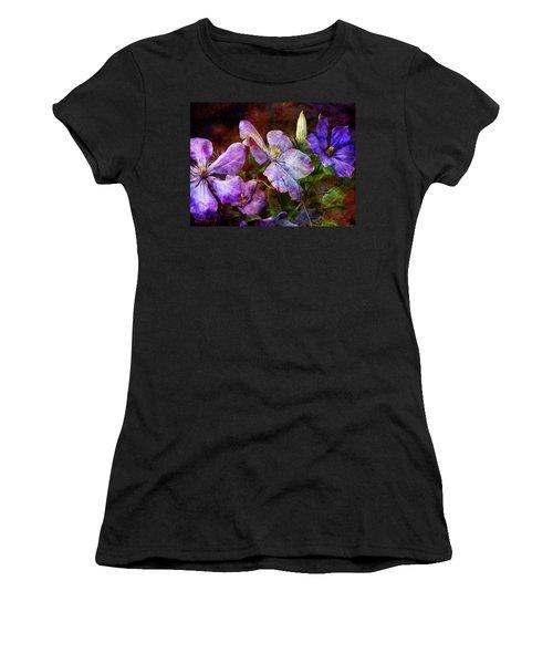 Clematis 1330 Idp_2 Women's T-Shirt