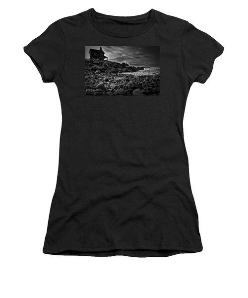 Coastal Home  Kennebunkport Maine Women's T-Shirt (Athletic Fit)