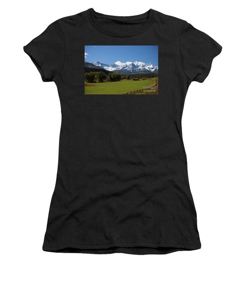 Colorado Ranch Women's T-Shirt (Athletic Fit)