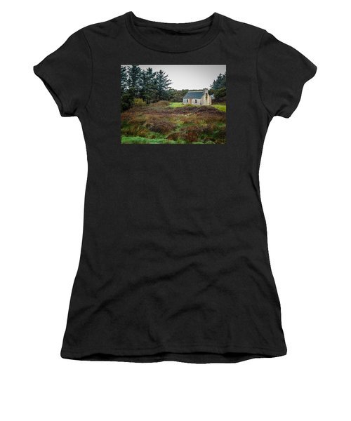 Cottage In The Irish Countryside Women's T-Shirt
